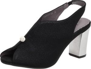 Sandały Suzana na słupku z klamrami ze skóry