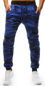 Granatowe spodnie sportowe Dstreet