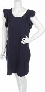 Czarna sukienka Lea.r prosta z krótkim rękawem z okrągłym dekoltem