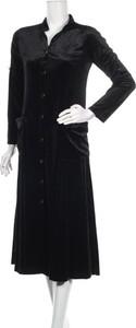 Czarna sukienka By Graziella midi w stylu casual z dekoltem w kształcie litery v