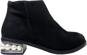 Czarne botki Kokietki z zamszu w stylu casual