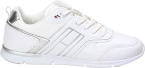 Buty sportowe Tommy Hilfiger z płaską podeszwą