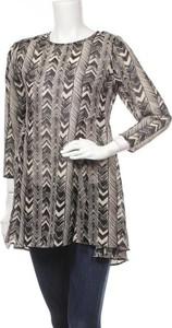 Bluzka Club Xprs w stylu casual z długim rękawem z okrągłym dekoltem