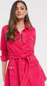 Różowa sukienka Missguided Petite z jeansu