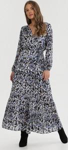 Sukienka born2be z długim rękawem maxi