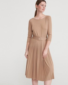 Brązowa sukienka Reserved z długim rękawem w stylu casual rozkloszowana