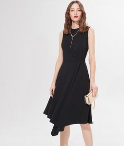 Czarna sukienka Mohito midi bez rękawów
