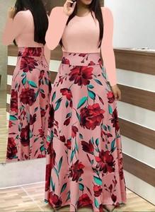 Różowa sukienka Arilook maxi w stylu boho