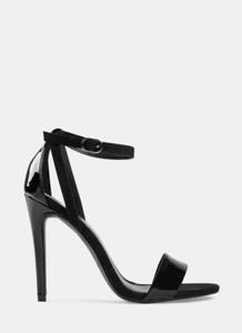 Czarne sandały DeeZee na szpilce na wysokim obcasie z klamrami