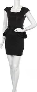Czarna sukienka Krisp mini z krótkim rękawem