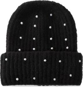 Czarna czapka DeeZee