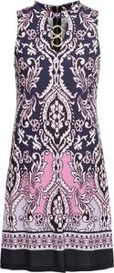 Sukienka bonprix BODYFLIRT boutique w stylu casual bez rękawów
