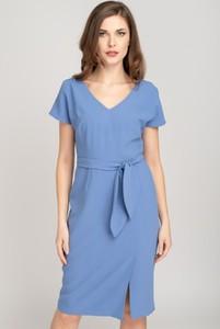 Sukienka VISSAVI midi w stylu casual prosta