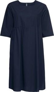 Granatowa sukienka bonprix rainbow na co dzień midi w stylu casual