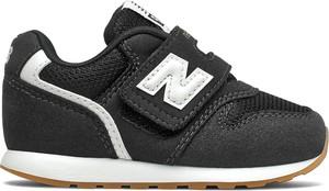 Czarne buty sportowe dziecięce New Balance z zamszu na rzepy