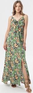 Zielona sukienka born2be maxi w stylu boho