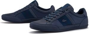 Niebieskie buty sportowe Lacoste sznurowane ze skóry