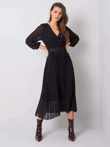 Czarna sukienka Sheandher.pl midi z długim rękawem