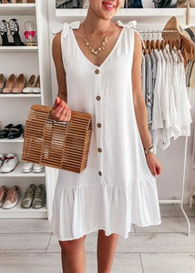 Sukienka FidoStyle prosta z dekoltem w kształcie litery v