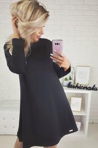 Czarna sukienka Pkb z długim rękawem z okrągłym dekoltem w stylu casual