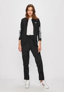 Czarna bluza Adidas w młodzieżowym stylu z dzianiny krótka