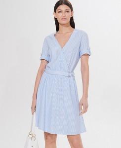 Niebieska sukienka Mohito z dekoltem w kształcie litery v mini z krótkim rękawem
