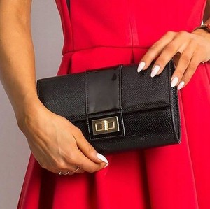 Czarna torebka Rovicky mała ze skóry ekologicznej w stylu glamour