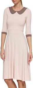 Różowa sukienka Yuliya Babich midi