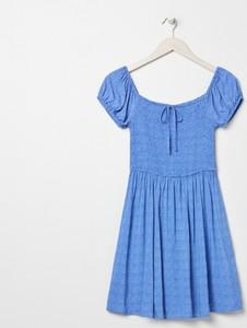 Sukienka Sinsay mini z krótkim rękawem z okrągłym dekoltem