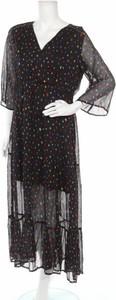 Sukienka Grace & Mila z dekoltem w kształcie litery v