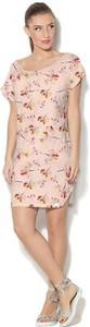 Różowa sukienka COLOUR PLEASURE w stylu casual z dzianiny