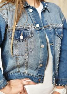 Niebieska kurtka Fason krótka z jeansu