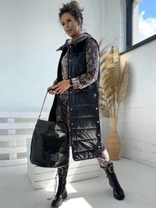 Czarna kamizelka Versada w stylu casual długa