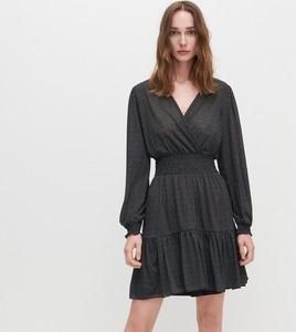 Czarna sukienka Reserved z długim rękawem z dekoltem w kształcie litery v mini