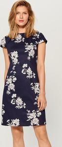3022971b51 Niebieska sukienka Mohito z okrągłym dekoltem
