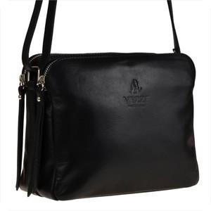 Czarna torebka vezze w stylu casual