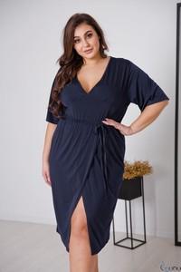 Niebieska sukienka tono.sklep.pl z dekoltem w kształcie litery v w stylu casual