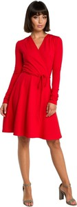 Sukienka Be z dekoltem w kształcie litery v z dzianiny z długim rękawem