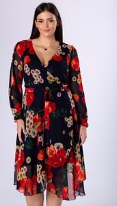 Granatowa sukienka candivia.pl midi z tiulu z dekoltem w kształcie litery v