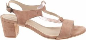 Sandały PintoDiBlu z klamrami ze skóry na obcasie