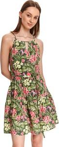 Zielona sukienka Top Secret z okrągłym dekoltem