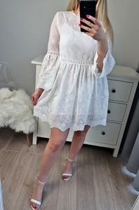 Sukienka MON BOUTIQUE rozkloszowana z długim rękawem