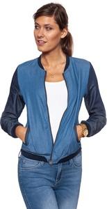 Niebieska kurtka Wrangler w street stylu krótka
