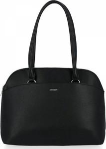 Czarna torebka David Jones duża na ramię w stylu glamour