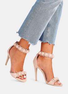 Różowe sandały DeeZee na obcasie