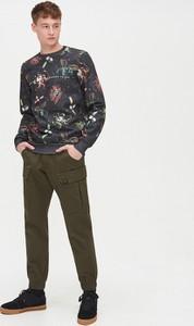 Zielone spodnie Cropp