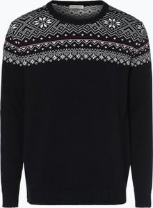 Niebieski sweter Selected w młodzieżowym stylu