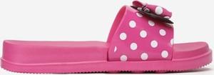 Różowe buty dziecięce letnie born2be w groszki