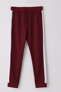 Czerwone spodnie sportowe Cropp z dresówki w stylu casual