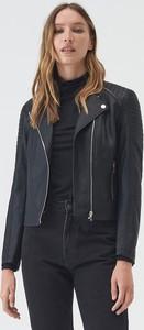 Czarna kurtka Sinsay ze skóry ekologicznej krótka